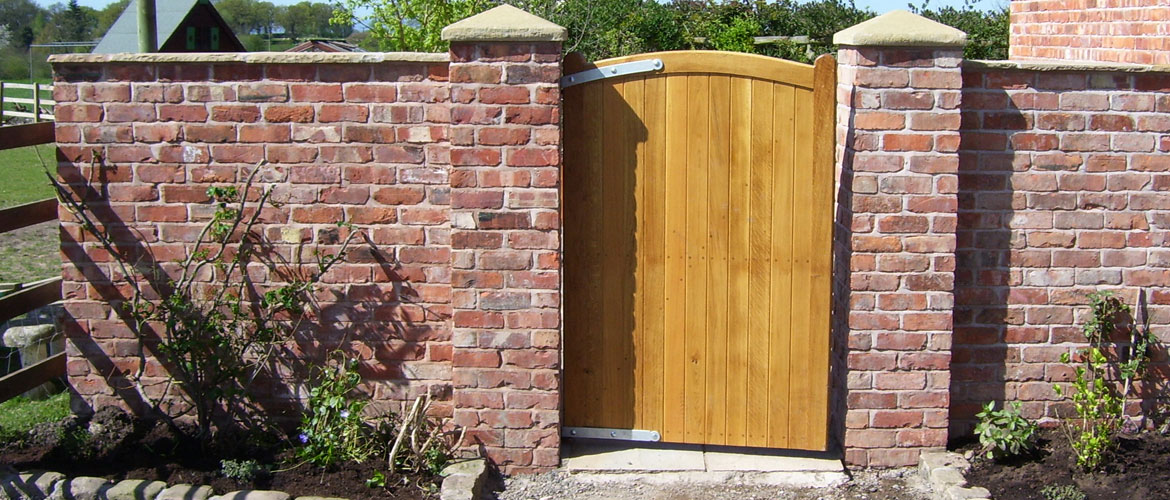 Garden walls with gate posts